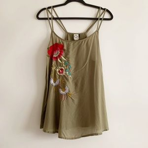 Anthro Akemi + Kin Needlepoint Embroidered Top